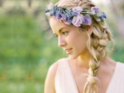 16 Natural and Elegant Bridal Hairstyles