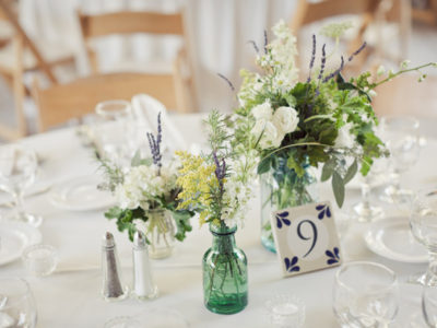 26 Lovely Petite Centerpiece Ideas