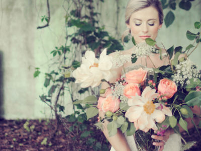 Big Blooms! – 16 Oversized Wedding Bouquets