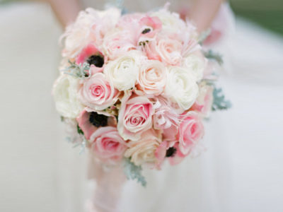 20 Gorgeous Rose Wedding Bouquets
