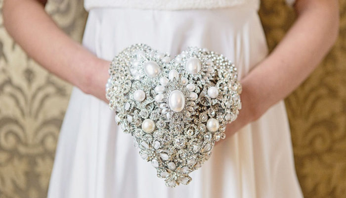 Eternal Blooms! 18 Alternative Wedding Bouquets You Can Treasure Forever!
