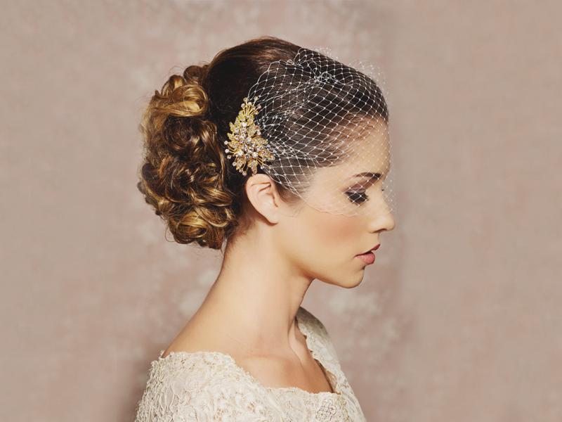 08-Gold-Bridal-Comb-Veil