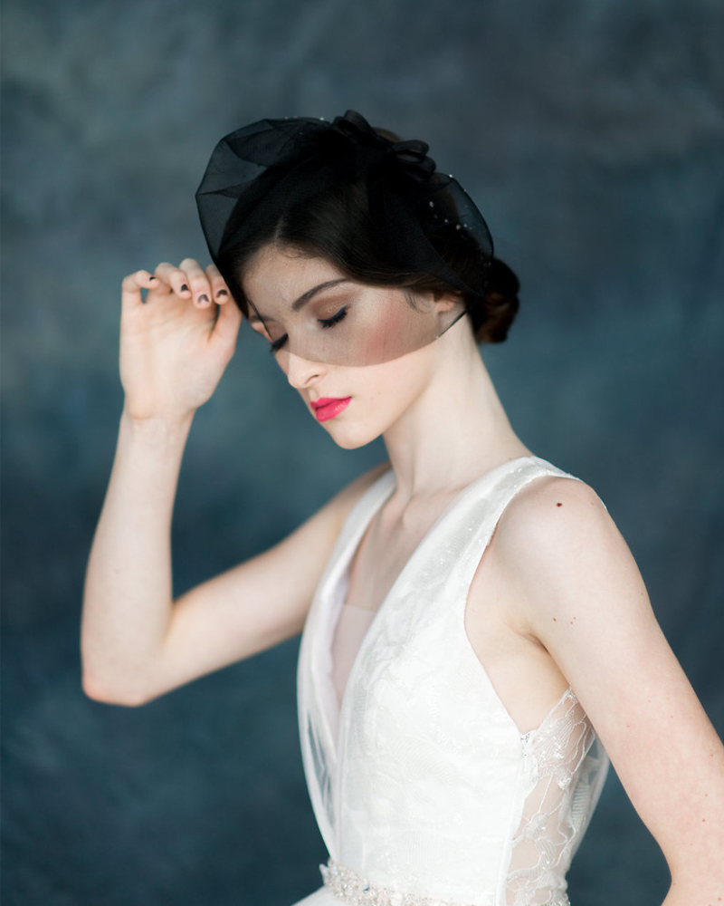 11-Modern-Black-Tulle-Blusher-Bridal-Veil
