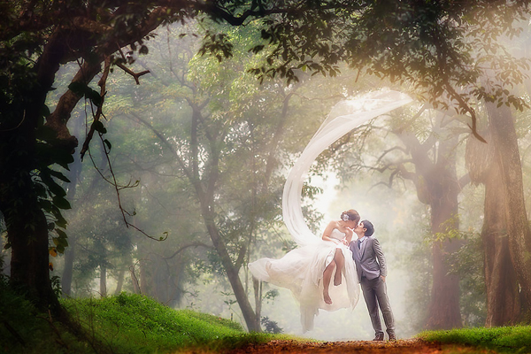 Two Of Us Wedding Photography: 25 Picture-Perfect Destination Engagement Photo Ideas