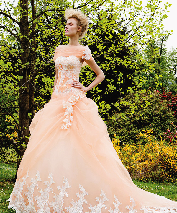d8b6e80a36d2 20 Swoonworthy Wedding Dresses Inspired by Flowers - Praise Wedding