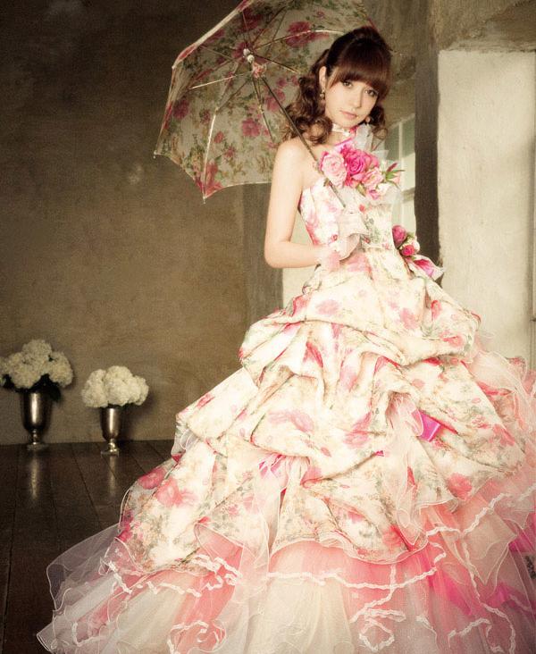 19-l_et_lena_fuji_bridal_gowns