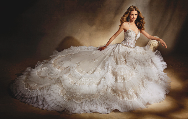 Princess Ball Gown Wedding Dresses: 37 Princess Royal Ball Gowns With A Touch Of Glam