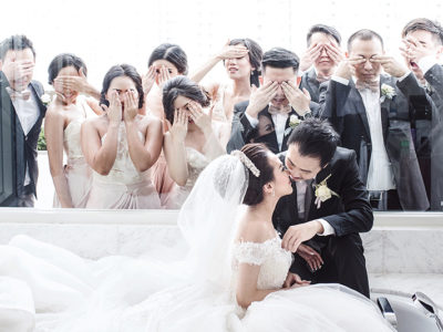 50 Must-See Creative & Fun Wedding Day Group Photos!