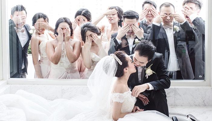 50 Must-See Creative & Fun Wedding Day Group Photos!