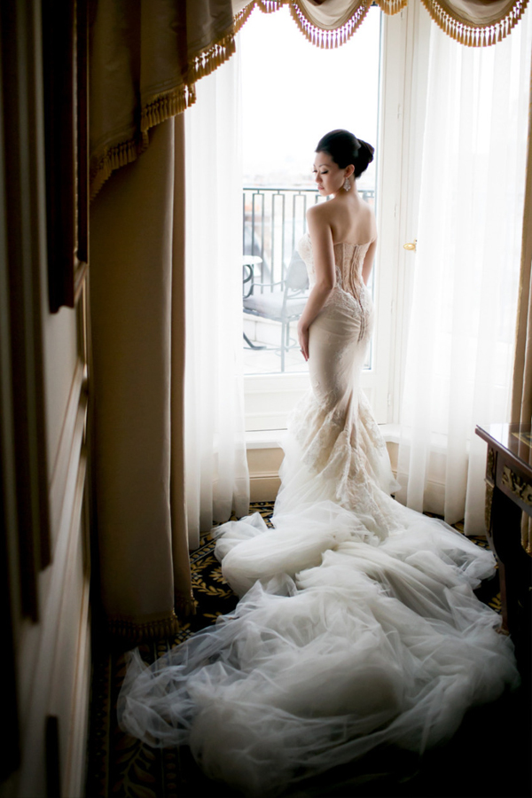06-Inbal Dror Gown (photo by Ethan Yang Photography)
