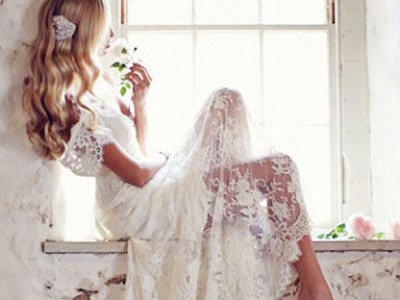 25 Timeless and Elegant Vintage Lace Gowns!