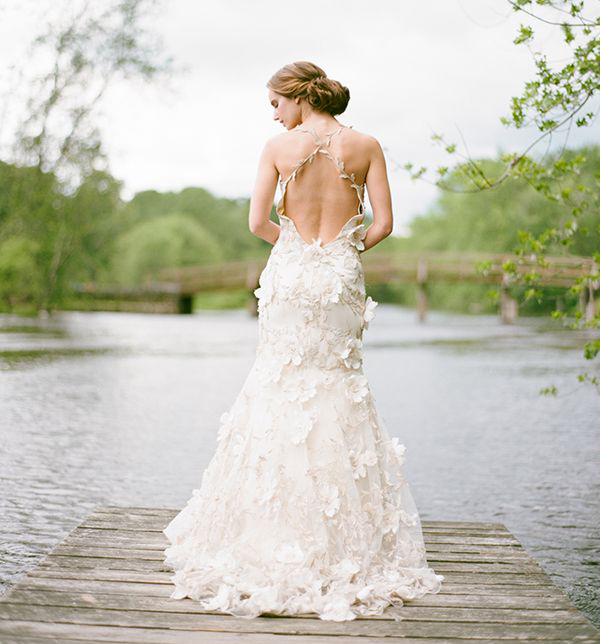 25 whimsical wedding dresses for artistic brides praise for The loft dresses for a wedding
