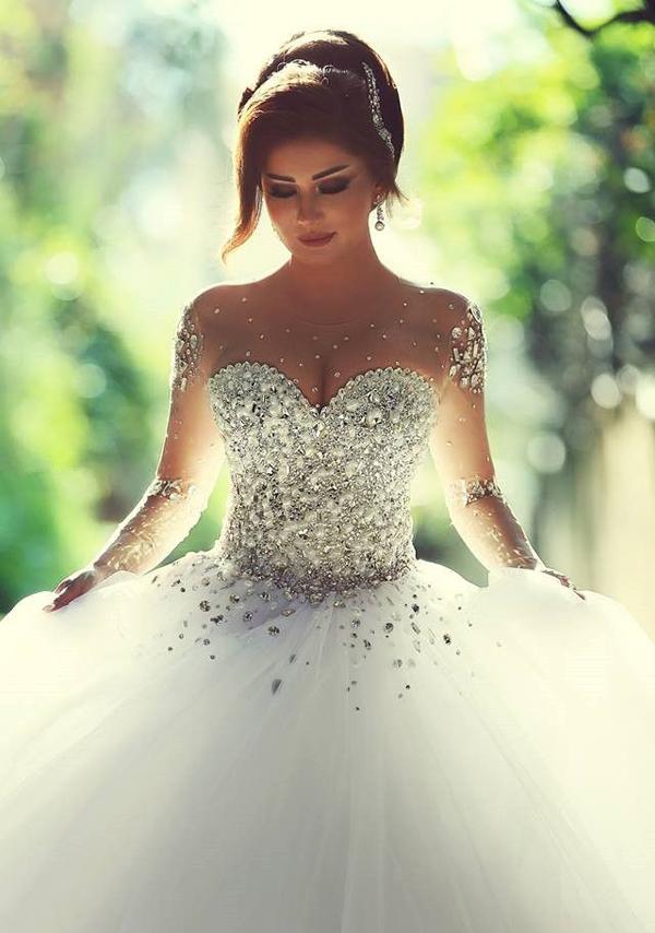 Cinderellas dream come true 23 seriously stunning wedding 02 zkkoo junglespirit Choice Image