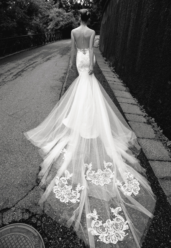 20 Swoonworthy Unconventional Wedding Dresses Like No Other