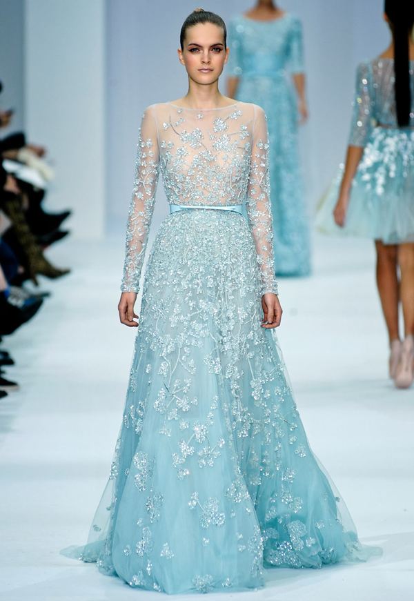 Ice Queen Style! 25 Stunning Wedding Dresses For Winter Wonderland ...