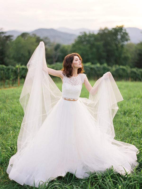 Ruffled - photo by Wedding Nature Photography http://ruffledblog.com/elegant-vineyard-wedding-inspiration