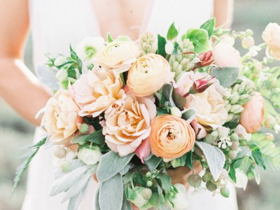 6 Utterly Romantic Wedding Bouquet Trends For 2016!