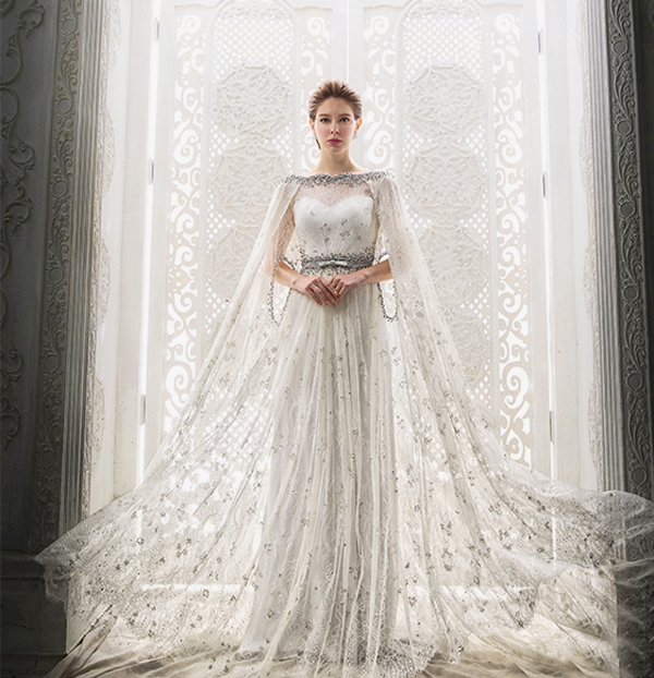 Superhero Fairy Tale! 20 Statement-Making Wedding Gowns