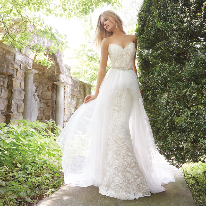Two Gowns in One! 26 Fashion-Forward Convertible Wedding Dresses ...
