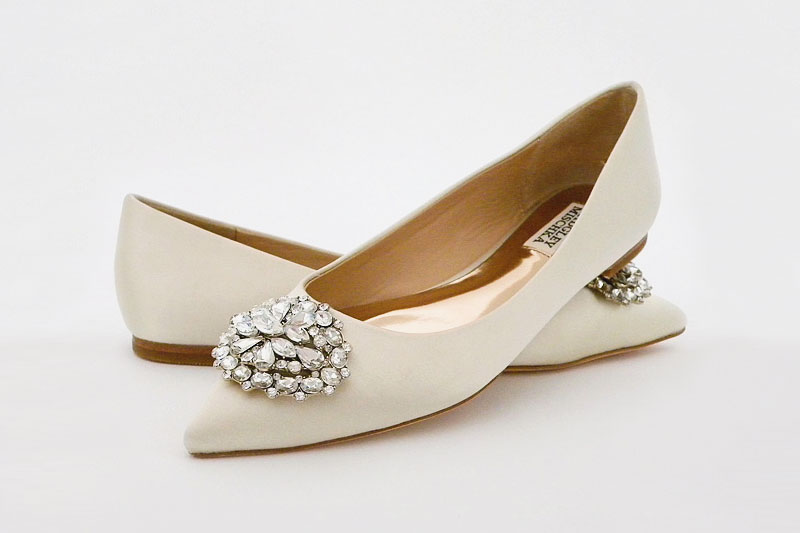 24-badgley-mischka-davis-flats