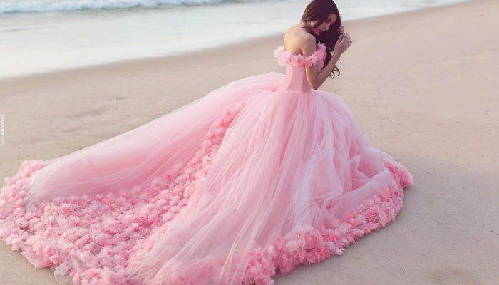 25 Incredibly Breathtaking Dresses with 3D Flowers & Appliques!
