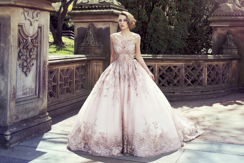 A Touch of Sparkle! 30 Beautiful Wedding Dresses with Glittering ...