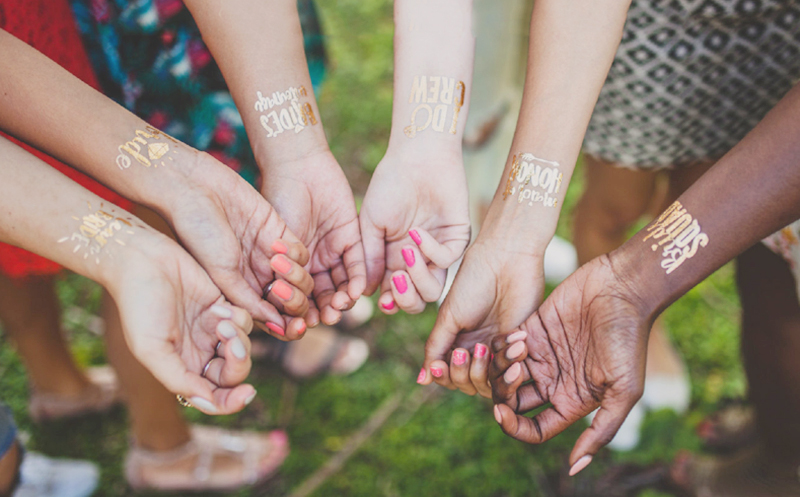 07-bachelorette party gold tattoos