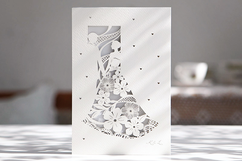 02-bride-groom-lasercut-floral-invitation