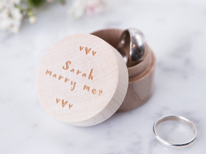 15-personalised-proposal-ring-box