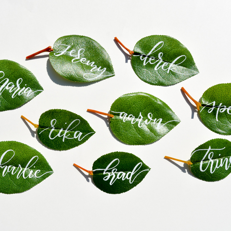04-artificial-leaf-escort-cards