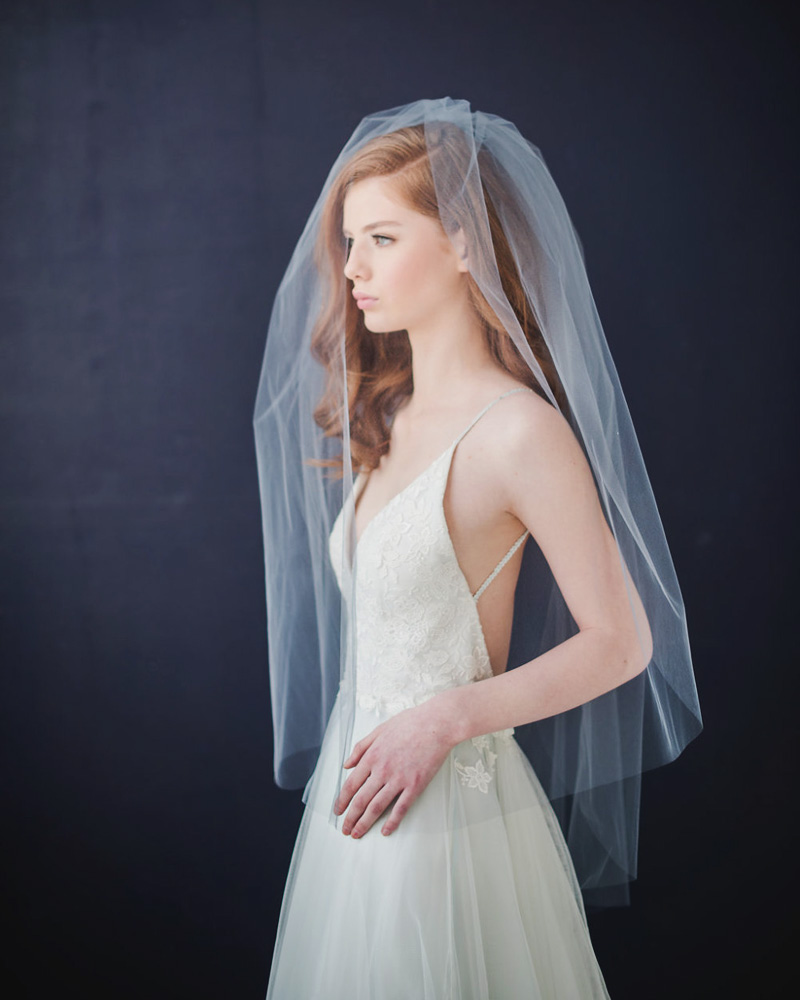 04-double-tier-rulle-veil-with-extra-long-blusher