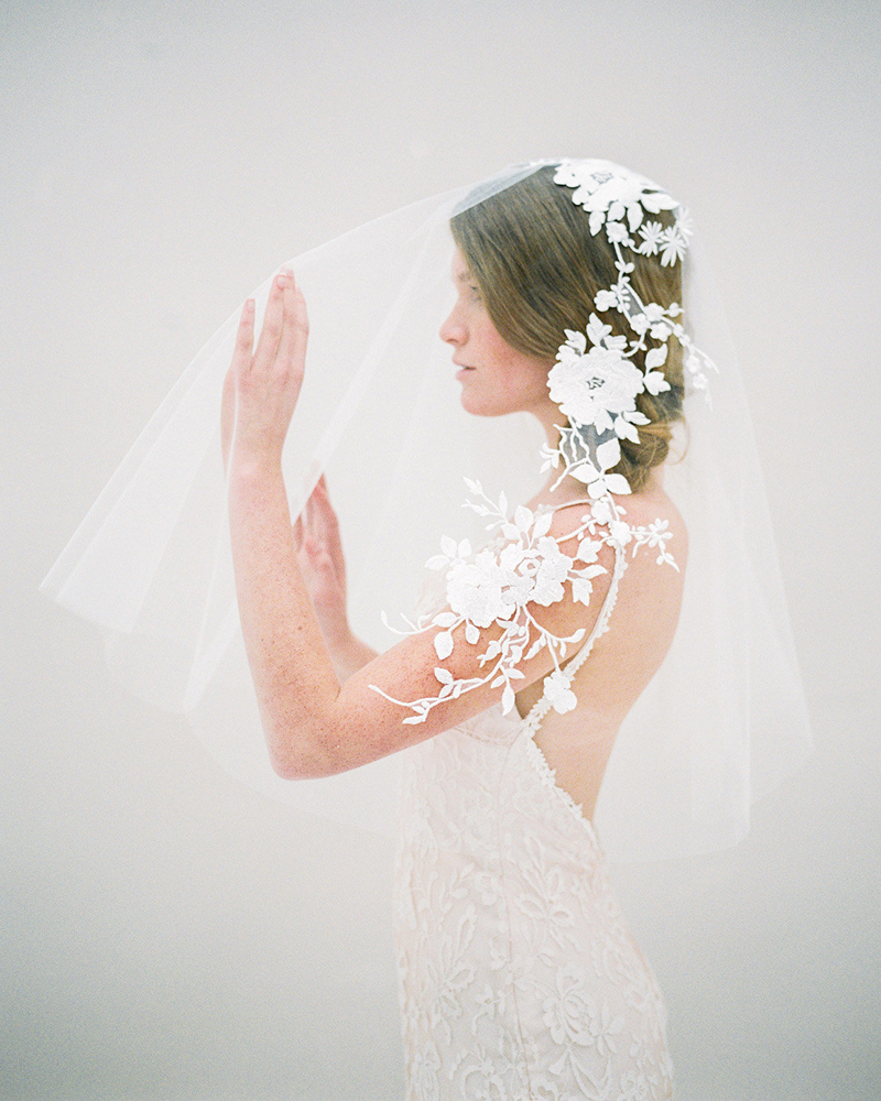 09-nature-inspired-floral-veil
