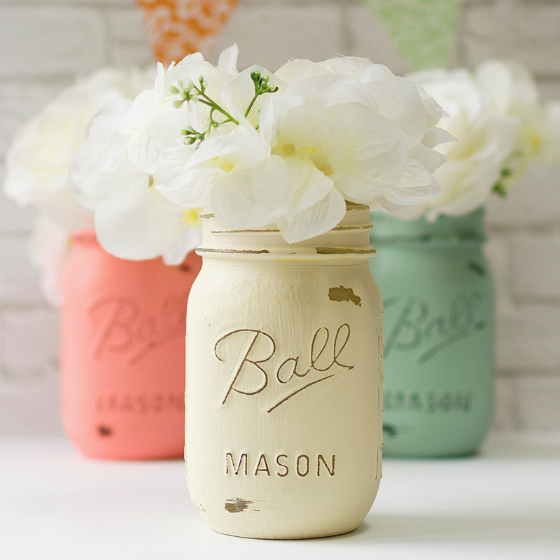11-mint-coral-cream-painted-mason-jars