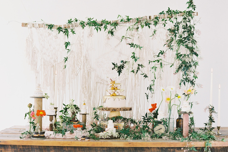 15-macrame-wedding-backdrop