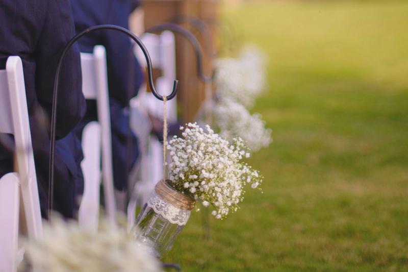 20-hanging-mason-jar-vases