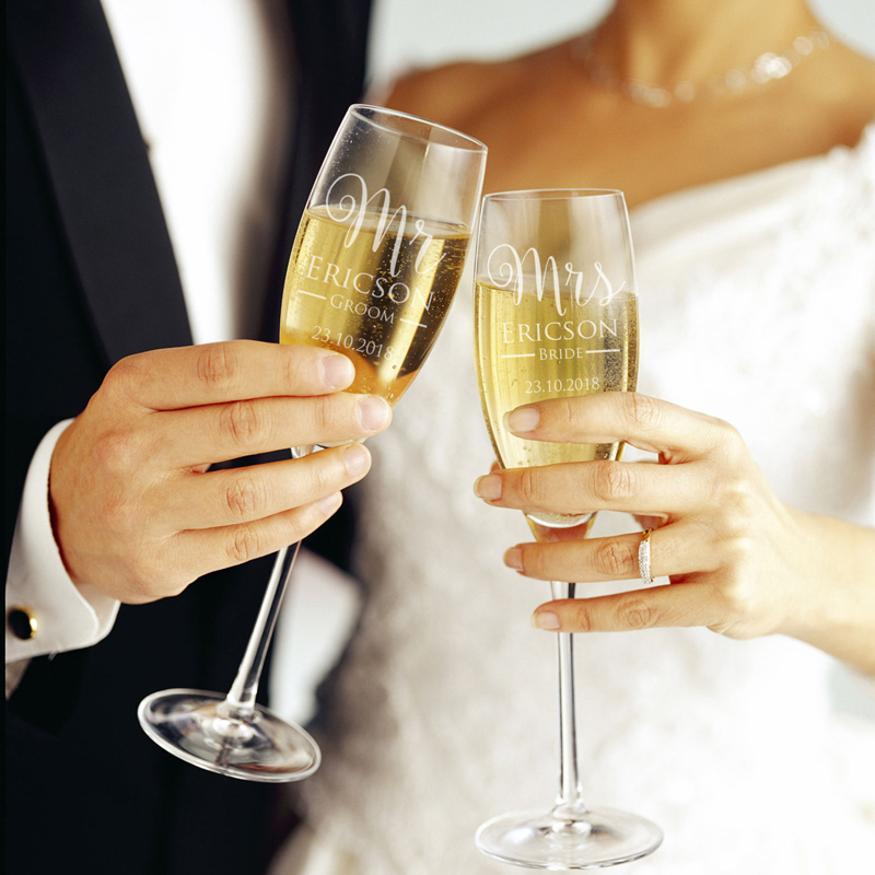 08-His & Hers Champagne Glass Set