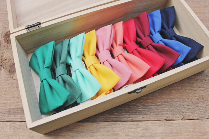 03-Colored Bow Tie