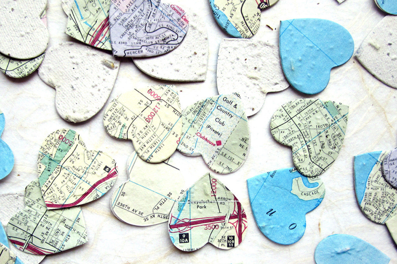 03-Map Paper Confetti Hearts