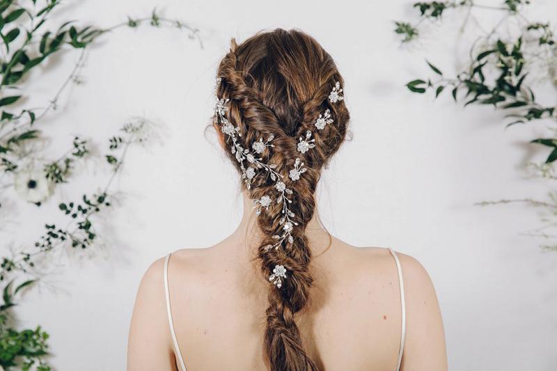 03-Plait Hair Vine