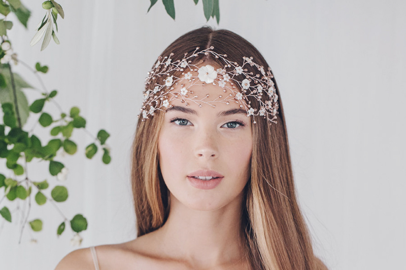 23 Enchanting   Ethereal Bridal Headpieces For Fairy Tale Brides ... e50f0ba24d12
