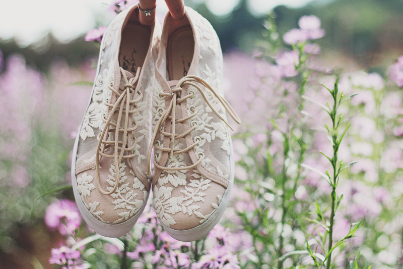 4ee7293d87dc Say Yes To Lace! 18 Timelessly Romantic Lace Wedding Shoes! - Praise ...