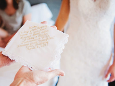 24 Thoughtful Thank-You Gifts To Honor Your Parents On Your Wedding Day!