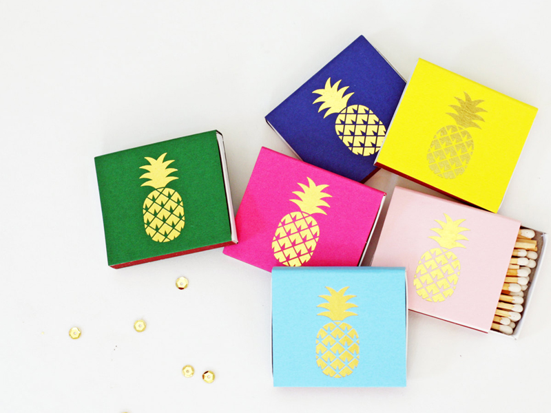 09-Tropical Gold Foil Matches