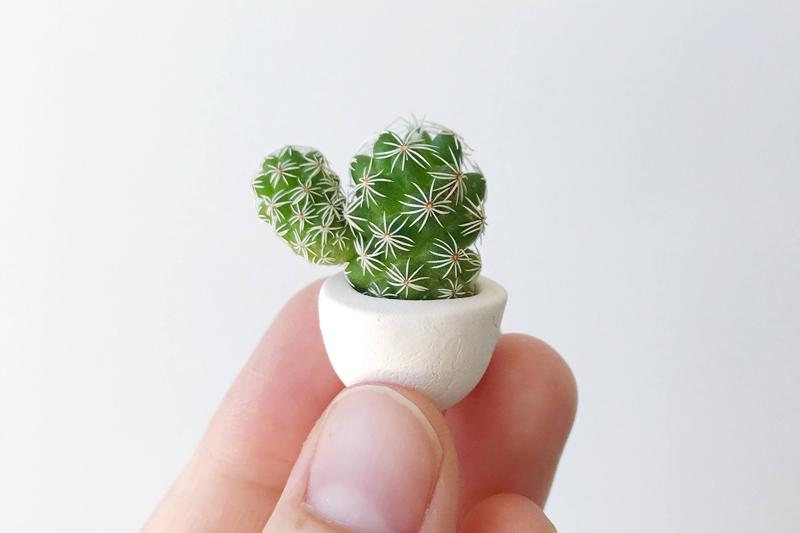 14-Thimble Cactus Mini Ceramic Planter