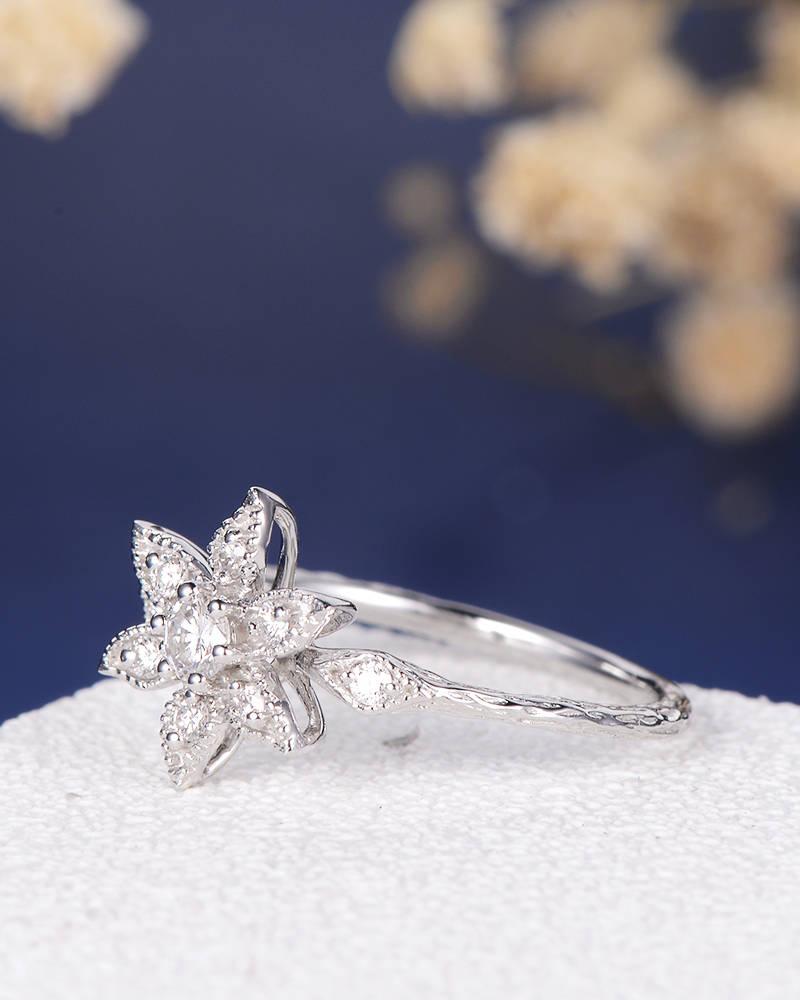 11-Diamond Cluster Antique Art Deco Ring