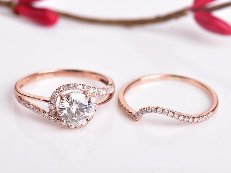 14-Moissanite and Diamond Ring Set
