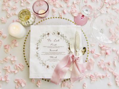 22 Chic Wedding Reception Tabletop Decorations For DIY Brides!