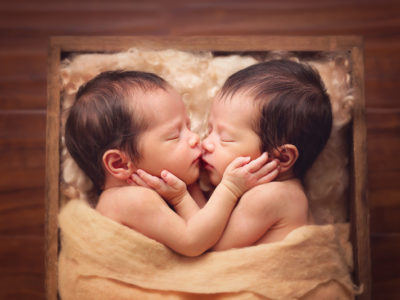Born Together, Friends Forever! 16 Heart-Melting Newborn Photos of Multiples!