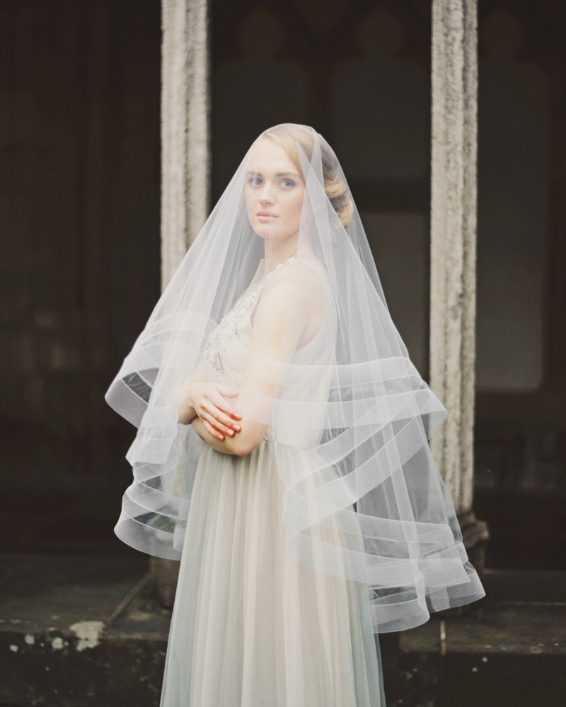 02-Double Horsehair Ribbon Veil