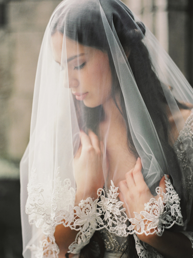 03-Lace Circle Drop Wedding Veil2